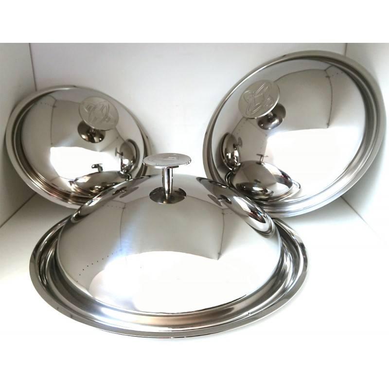 Série de 3 couvercles cloche en inox : en complément des poêles ils permettent la réalisation de cuissons douce ou de mijotés
