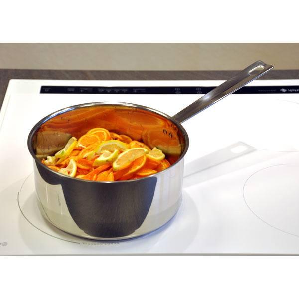 cuisson des oranges dans la casserole Baumstal