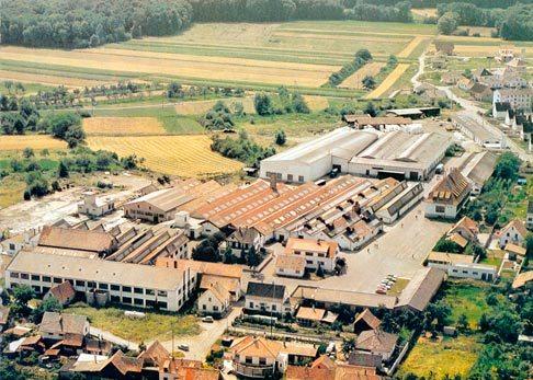 Vue aérienne des usines Baumlin à Wittisheim